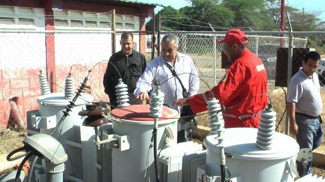 Foto 1 Presidente de Hidrofalcón durante inspección de Planta de Barrialito - Mitare 2